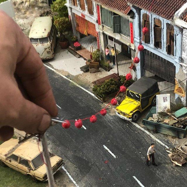 Художник створює вражаючі мініатюри авто, які змушують придивитись - фото 368822