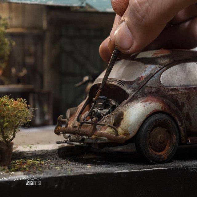 Художник створює вражаючі мініатюри авто, які змушують придивитись - фото 368826