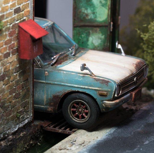 Художник створює вражаючі мініатюри авто, які змушують придивитись - фото 368827