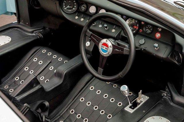 Форд проти Феррарі: гоночний Ford GT40 з фільму продають - фото 369091