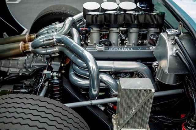Форд проти Феррарі: гоночний Ford GT40 з фільму продають - фото 369096