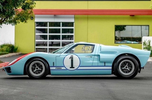 Форд проти Феррарі: гоночний Ford GT40 з фільму продають - фото 369097