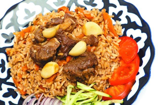 Гарячі страви зі свинини: смачні рецепти з фото - фото 369209