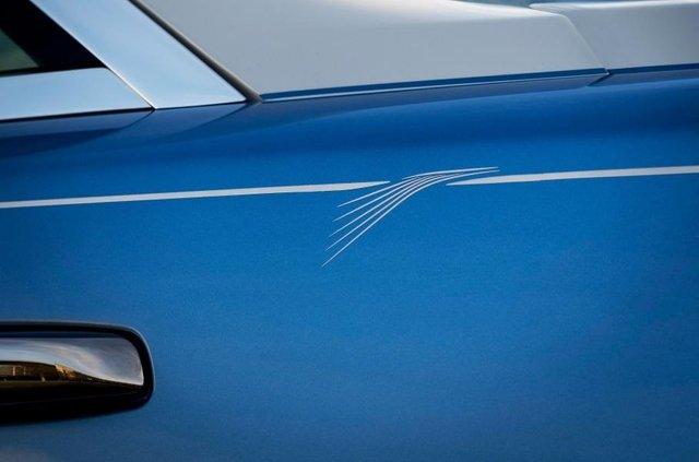 Стелю Rolls-Royce Wraith прикрасили унікальною вишивкою - фото 369446