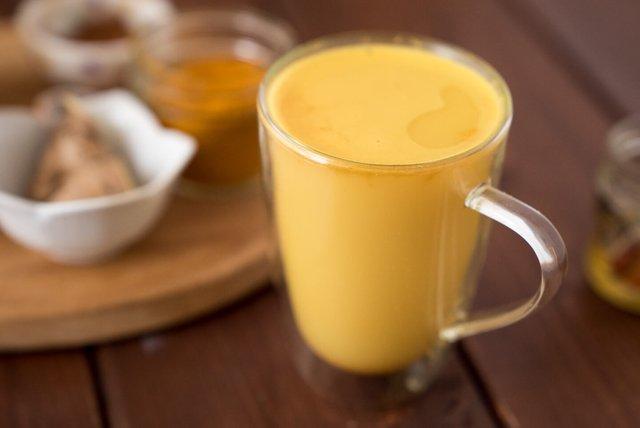 Цей чай не лише зігріє, а й принесе користь організму - фото 369500