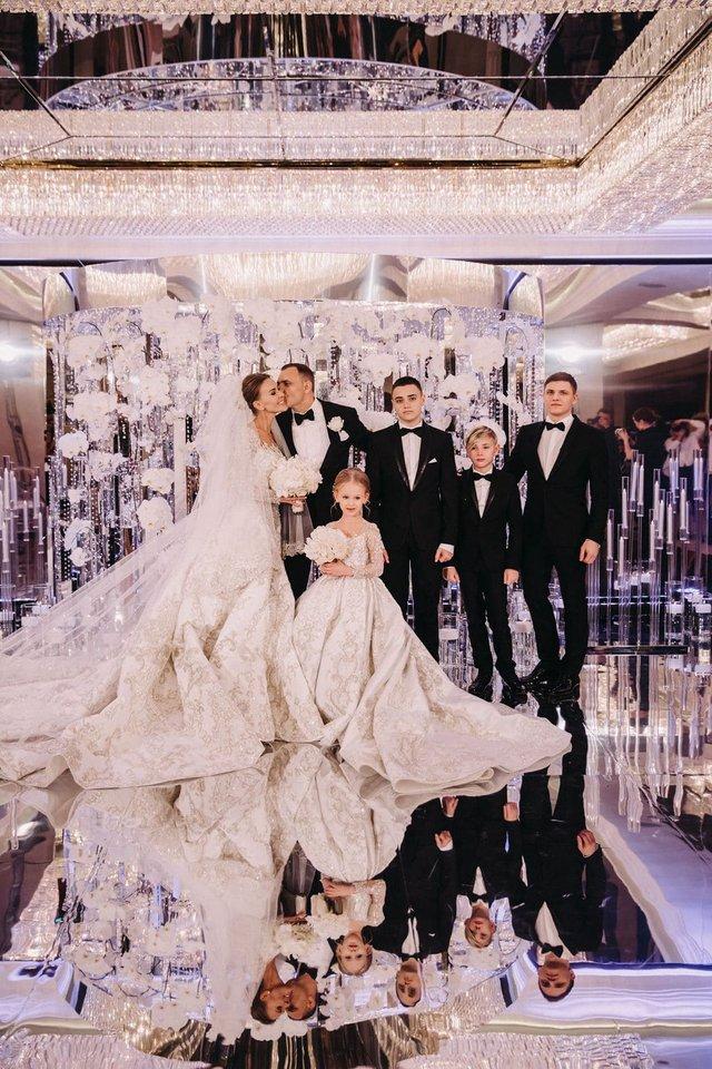 Дорожче, ніж в Каменських: як виглядало найрозкішніше весілля 2019 року в Україні - фото 370933