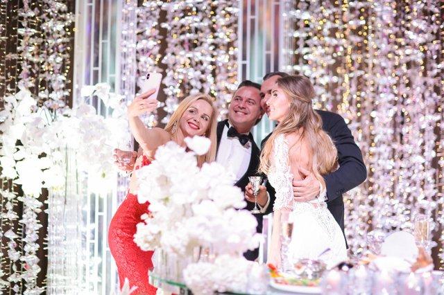 Дорожче, ніж в Каменських: як виглядало найрозкішніше весілля 2019 року в Україні - фото 370935