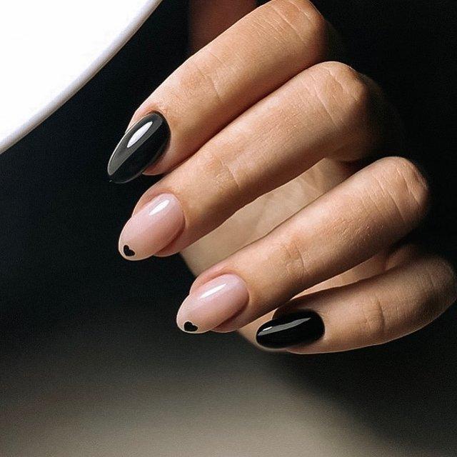 Манікюр на зиму 2019 – 2020: модні тренди дизайну нігтів у фото - фото 371645