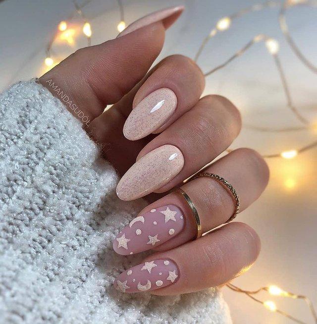 Манікюр на зиму 2019 – 2020: модні тренди дизайну нігтів у фото - фото 371647