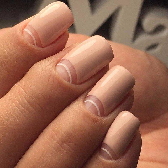 Манікюр на зиму 2019 – 2020: модні тренди дизайну нігтів у фото - фото 371657