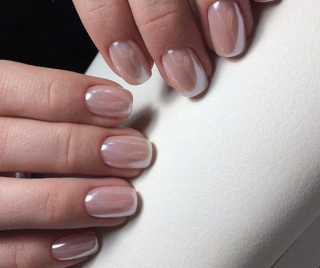 Манікюр на зиму 2019 – 2020: модні тренди дизайну нігтів у фото - фото 371658