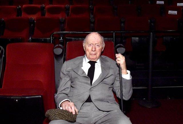 Як виглядає найстаріший діючий актор світу - фото 371995