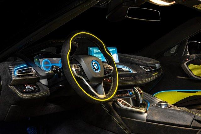 BMW показала унікальний спорткар в єдиному екземплярі - фото 372489