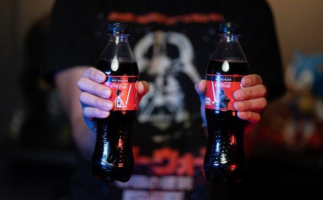 Coca-Cola створила пляшку в честь Зоряних війн, яка світиться: фотофакт - фото 372506