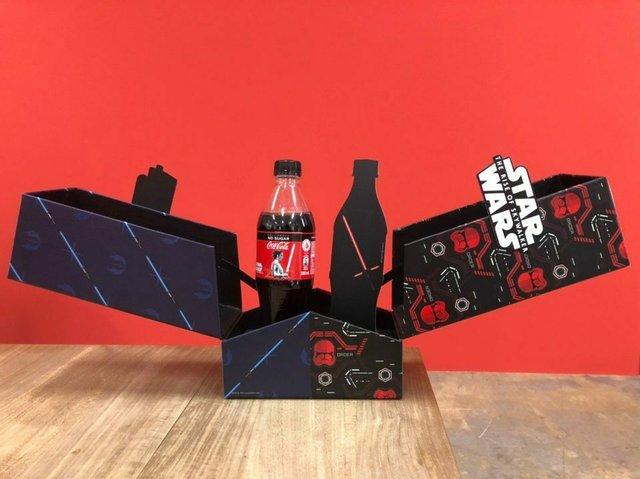 Coca-Cola створила пляшку в честь Зоряних війн, яка світиться: фотофакт - фото 372507