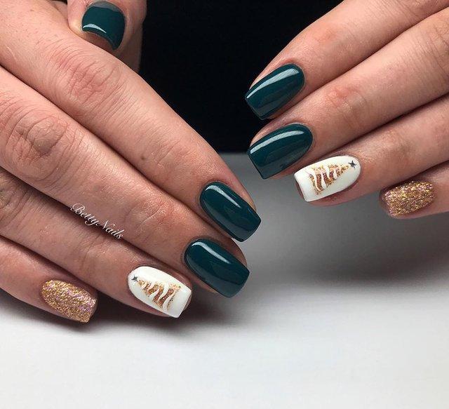 Новорічний манікюр 2020: готові варіанти нігтів на Новий рік у фото - фото 372785