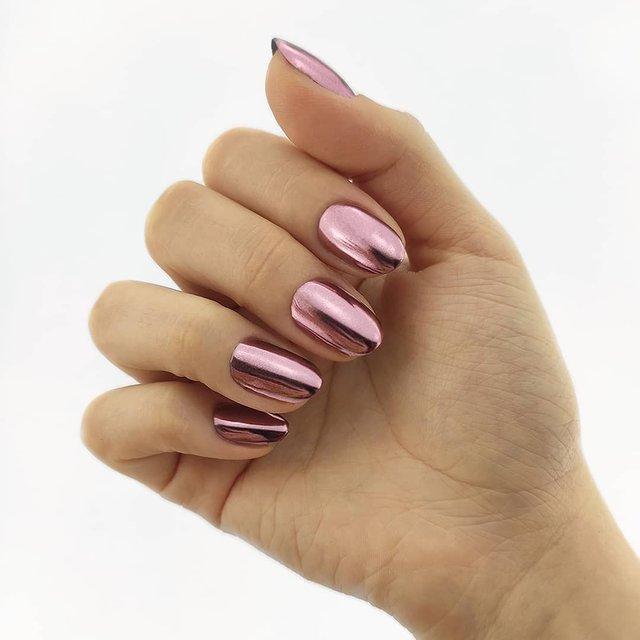 Новорічний манікюр 2020: готові варіанти нігтів на Новий рік у фото - фото 372787