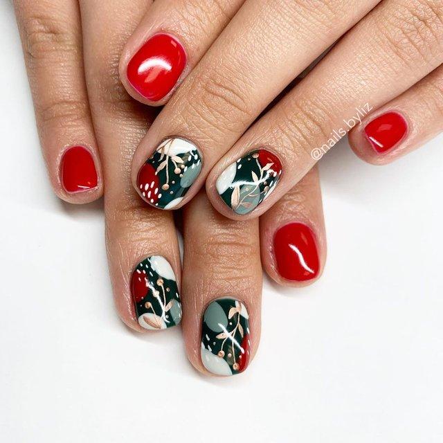 Новорічний манікюр 2020: готові варіанти нігтів на Новий рік у фото - фото 372806