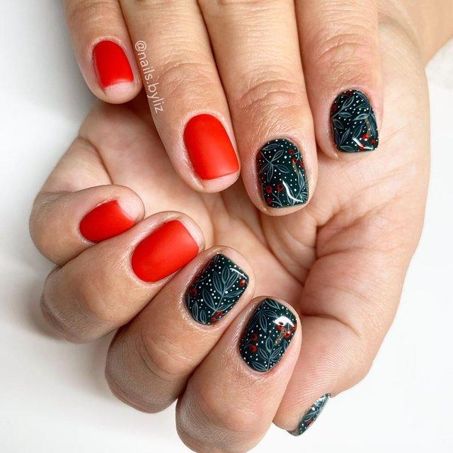 Новорічний манікюр 2020: готові варіанти нігтів на Новий рік у фото - фото 372823