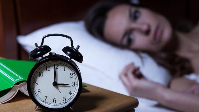 Безсоння на новому місці – поширене явище - фото 372975