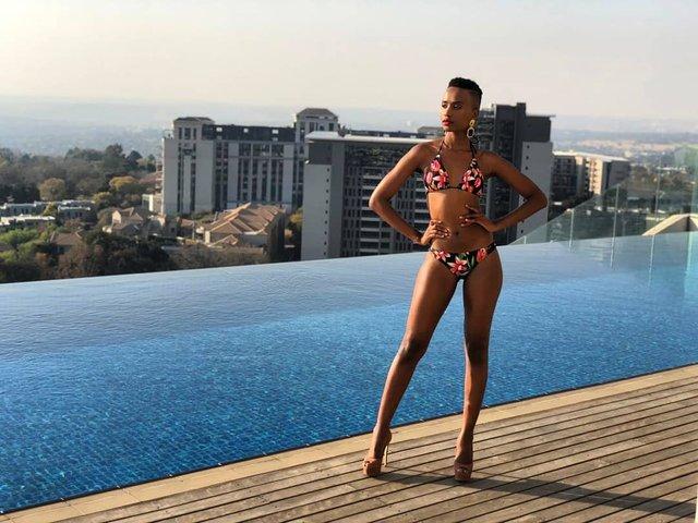 Зозібіні Тунзі – Міс Всесвіт 2019: добірка гарячих фото представниці ПАР - фото 373036