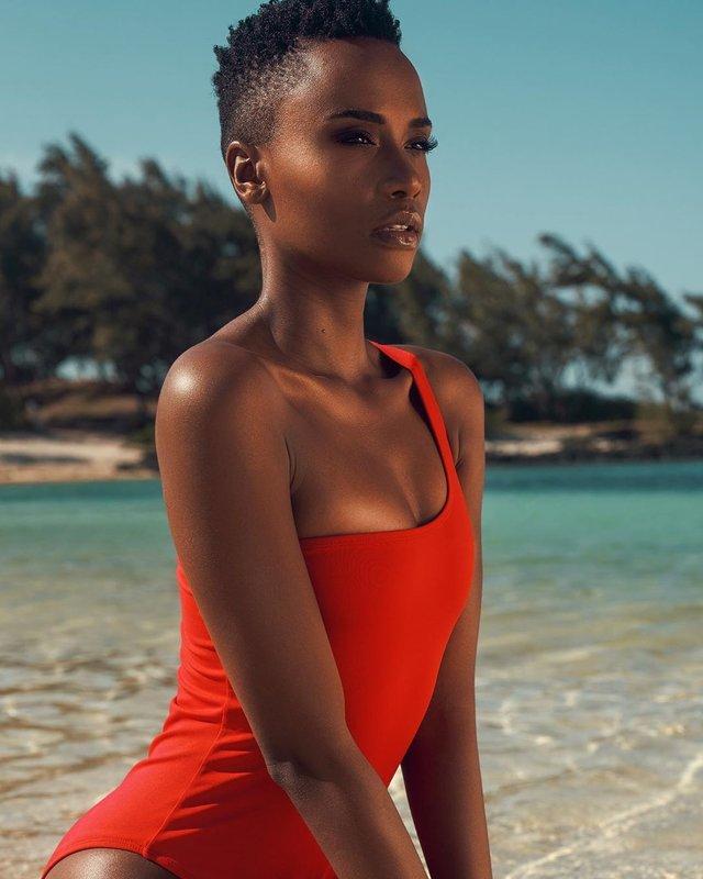 Зозібіні Тунзі – Міс Всесвіт 2019: добірка гарячих фото представниці ПАР - фото 373042