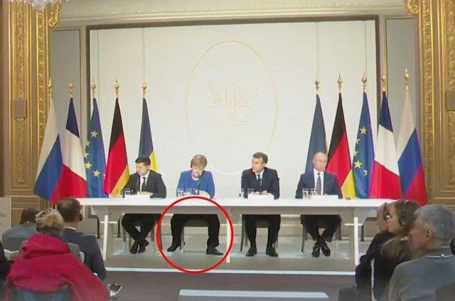 Тільки Меркель з яйцями: курйозне фото лідерів нормандської четвірки підірвало мережу - фото 373373