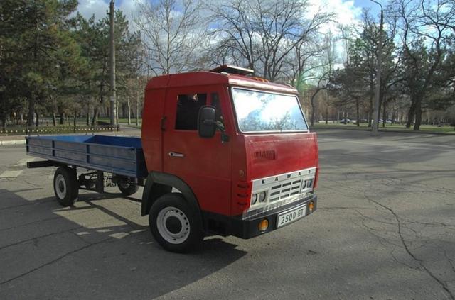 В Україні зробили електричний КамАЗ з запасом ходу 300 км: фото - фото 373483