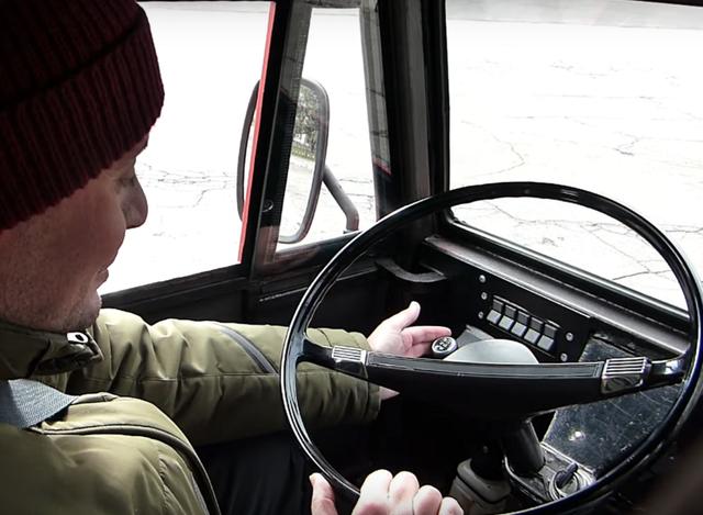 В Україні зробили електричний КамАЗ з запасом ходу 300 км: фото - фото 373487