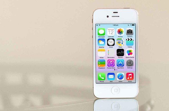 iPhone 4 очолив ТОП 100 гаджетів десятиліття - фото 373565