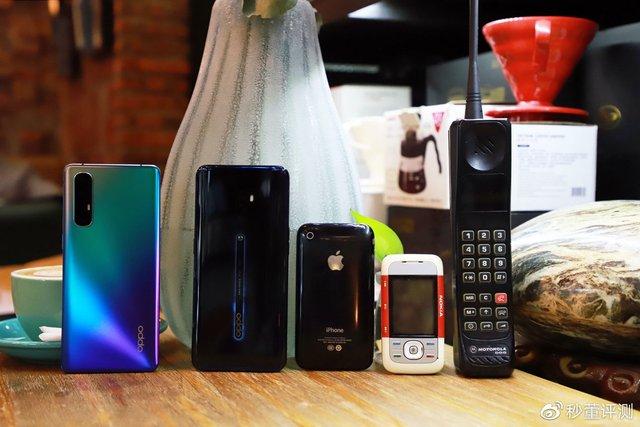 Порівняння Oppo з легендарними телефонами - фото 373844