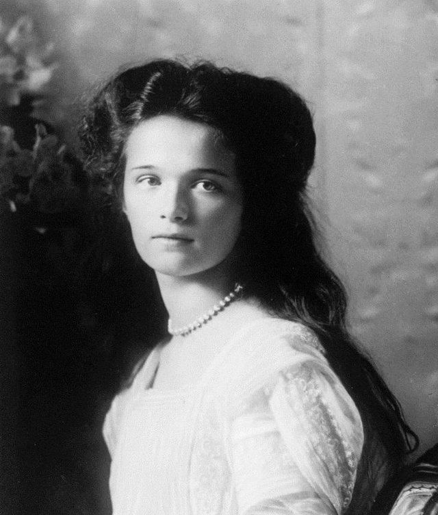 Ці жінки вважалися еталоном краси 100 років тому - фото 374139