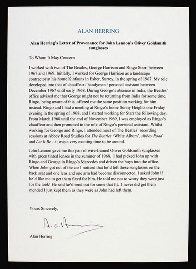 Окуляри Джона Леннона продали за великі гроші - фото 374147