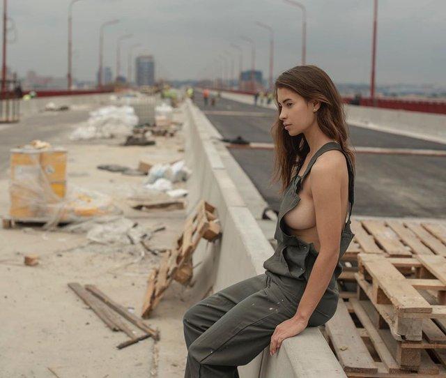 Дівчина тижня: розкута модель Ася Міковіч, яка є інфраструктурною музою України (18+) - фото 374327