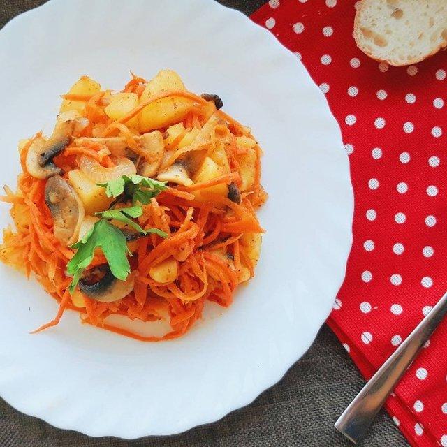 Легкі салати на Новий рік 2020: смачні рецепти з фото - фото 375916
