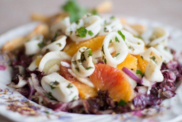 Легкі салати на Новий рік 2020: смачні рецепти з фото - фото 375918
