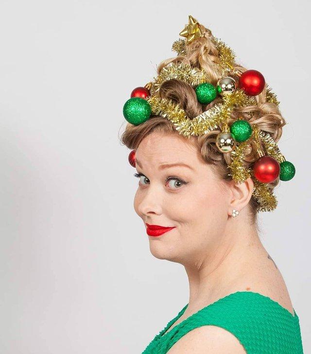Ялинка замість зачіски: кумедні фото, які змусять усміхнутись - фото 377165