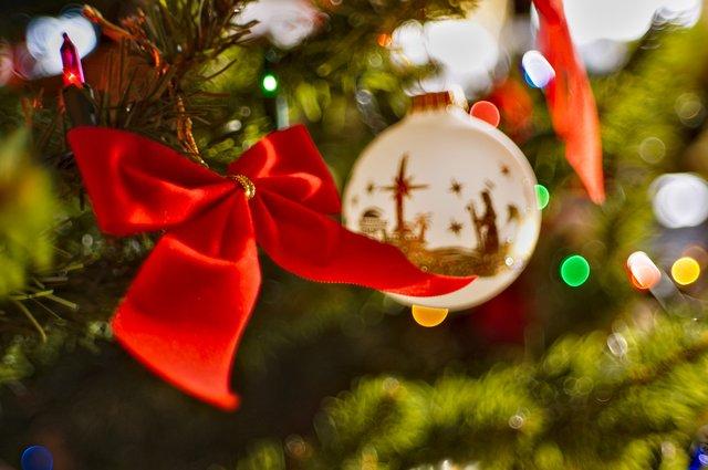 СМС привітання з Новим роком 2020: короткі новорічні побажання - фото 377325