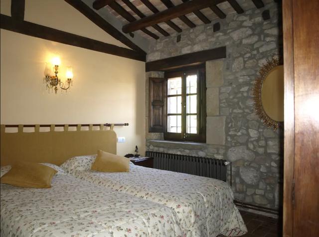 В Іспанії здають в оренду казковий замок: фото - фото 379101