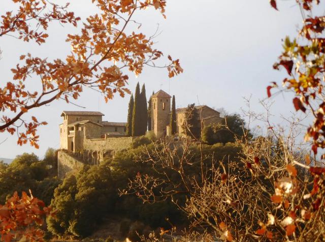 В Іспанії здають в оренду казковий замок: фото - фото 379108