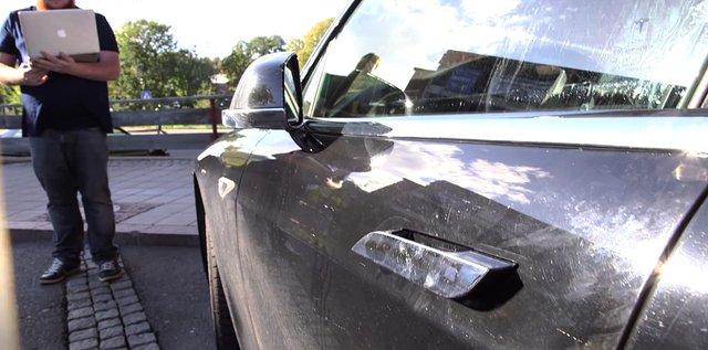 Хакери отримають чималу суму за злом Tesla Model 3 - фото 379132