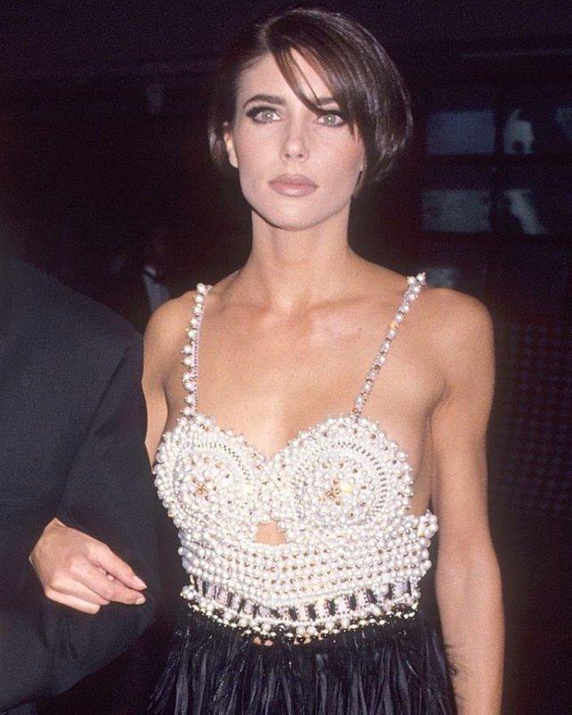 Моделі 90-х: як змінилася ефектна дружина Сталлоне Дженніфер Флавін (18+) - фото 379836