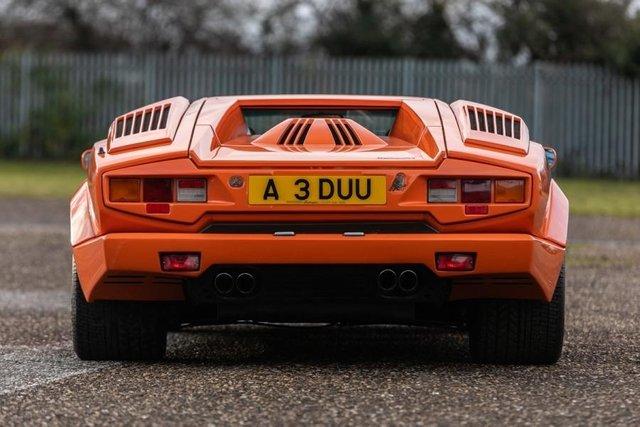 Унікальний Lamborghini Countach пустять з молотка - фото 379914
