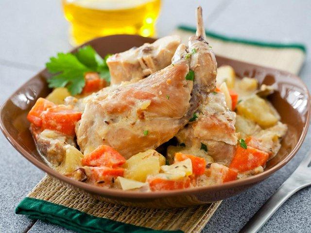 Як смачно і правильно приготувати кролика: рецепти з фото - фото 380272