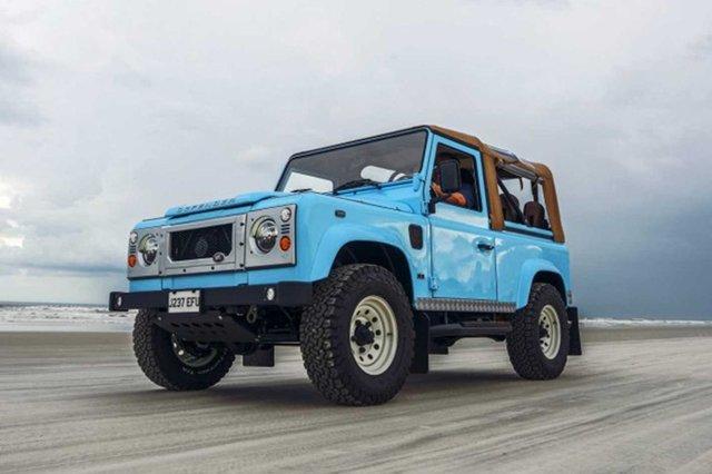 Автолюбителі переробили Land Rover в пляжний баггі: відео - фото 380742