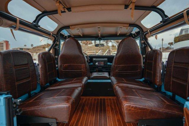 Автолюбителі переробили Land Rover в пляжний баггі: відео - фото 380743