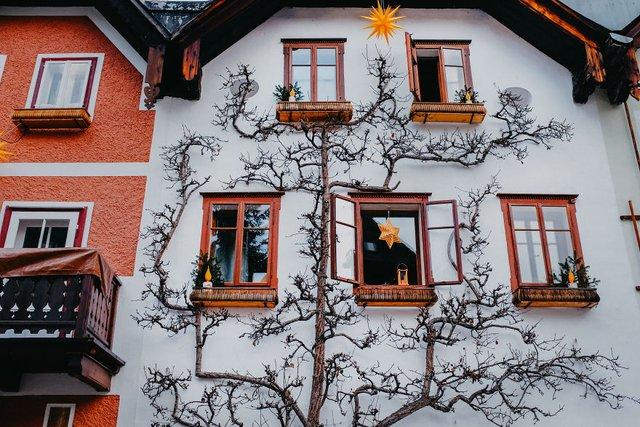 Фотограф показав неймовірне давнє місто в Австрії: захопливі кадри - фото 380800