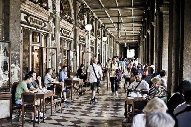 Названа найстаріша кав'ярня Європи: горня кави – 20 євро - фото 381209
