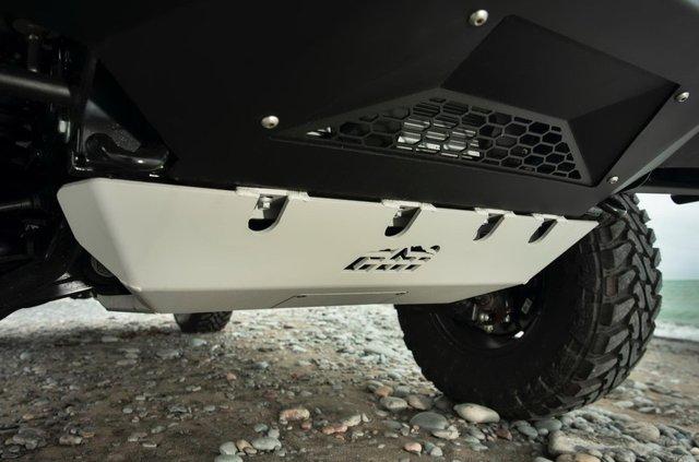 Lexus випустив оновлену версію позашляховика GX для фанатів пригод - фото 381301