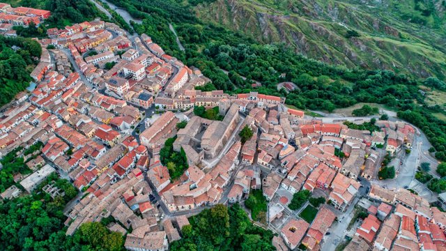 В Італії розпродають будинки по одному євро - фото 381327